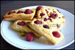 financiers-pistaches-framboises3